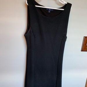 Black Gap Sheath dress size 2 petite